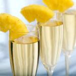 Как появилось стихотворение «Ананасы в шампанском»?