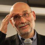 Удар в спину от своих? На Украине запретили книги Бориса Акунина