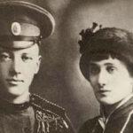 Как Ахматова развелась с Гумилевым и тут же вышла за его друга